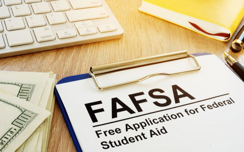 Will a Felony Affect the FAFSA What
