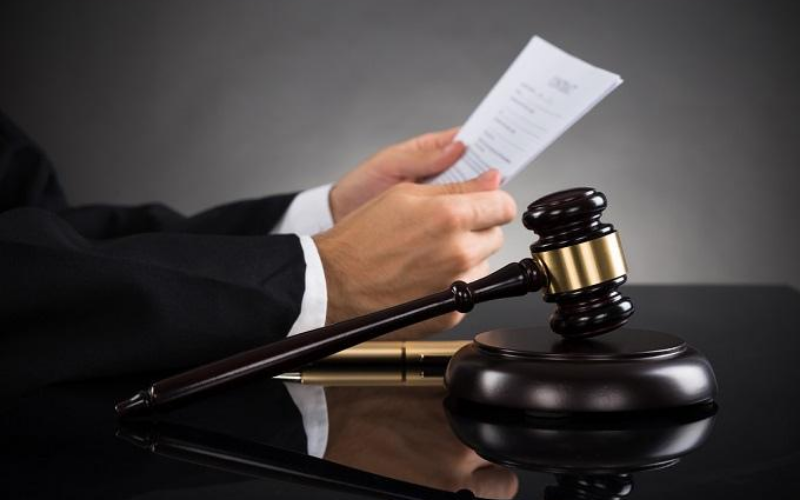 Dealing with a Felony Case Step