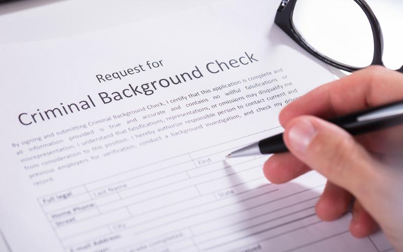 does mcdonalds run the background checks