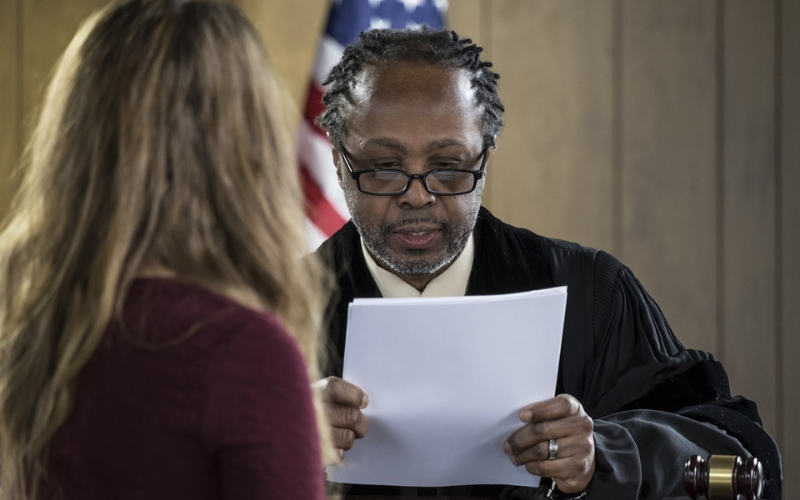 can felon become a bail bondsman