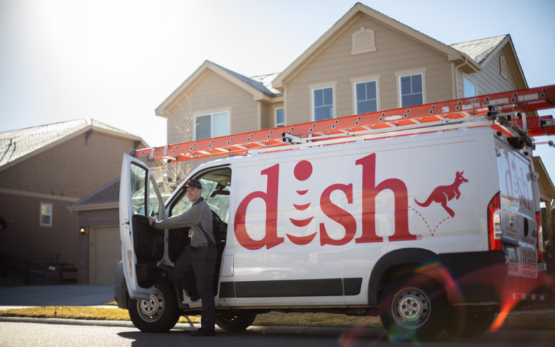 does dish hire felons