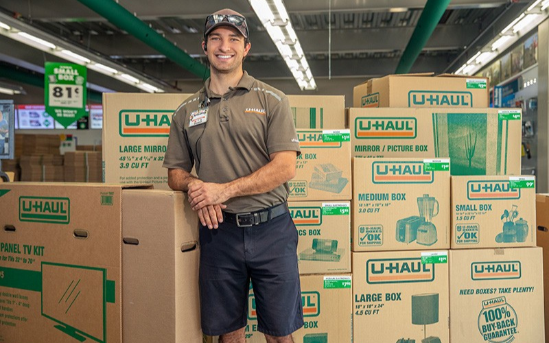 does u-haul run the background check